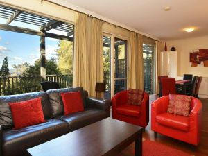 Villa Cypress located within Cypress Lakes - Accommodation Kalgoorlie